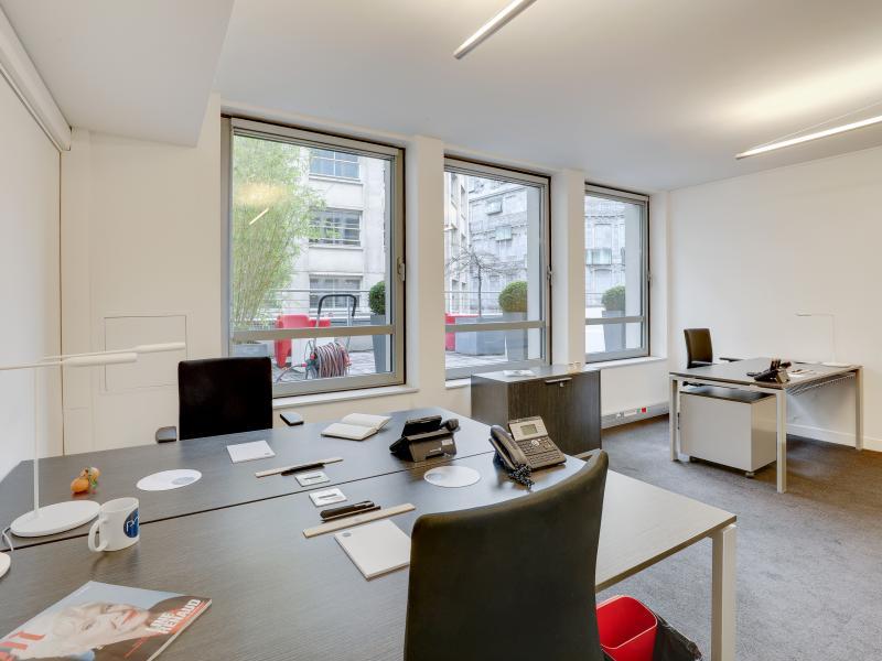 Location de poste de travail à Paris